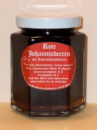 Red currant fine jam with rose