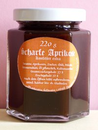 Sharp apricot jam with chili